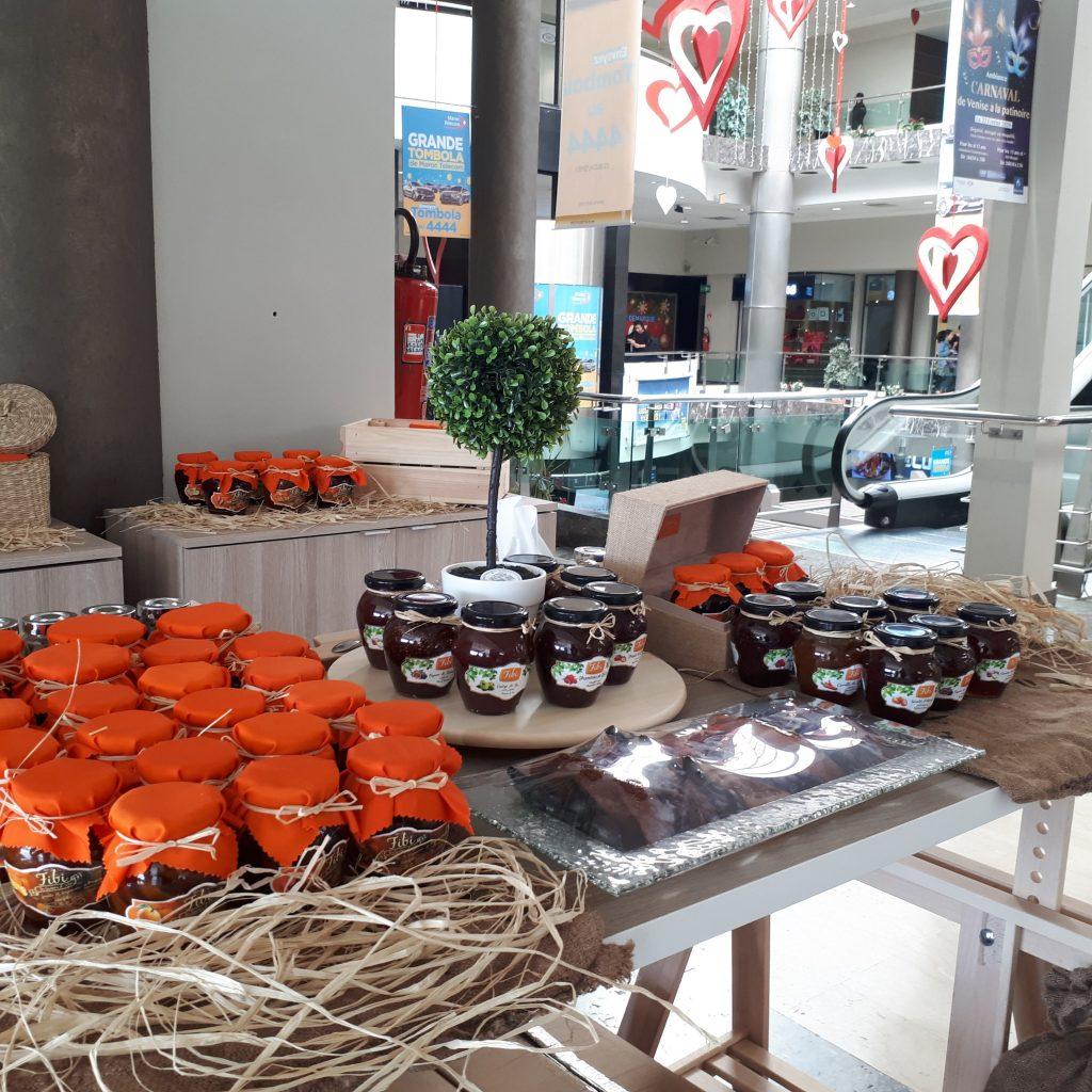 l'Aubergine, la patate douce, l'écorce LES SAVEURS D'ANTAN d'oranges, la carotte, la poire, la tomate, la figue, le rouleau de pamplemousse, l'orange en quartier, etc..